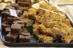 Brownie and flapjack pieces